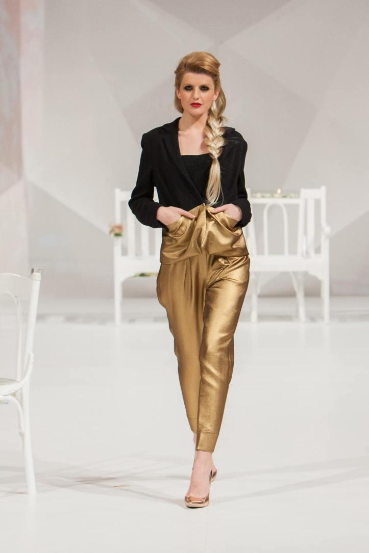 fashion-show-1746594_19201